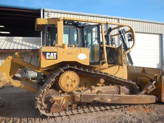 2011 Caterpillar D6T Dozer