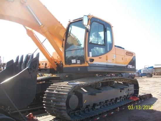 2011 Hyundai R290LC-9 Excavator-Track