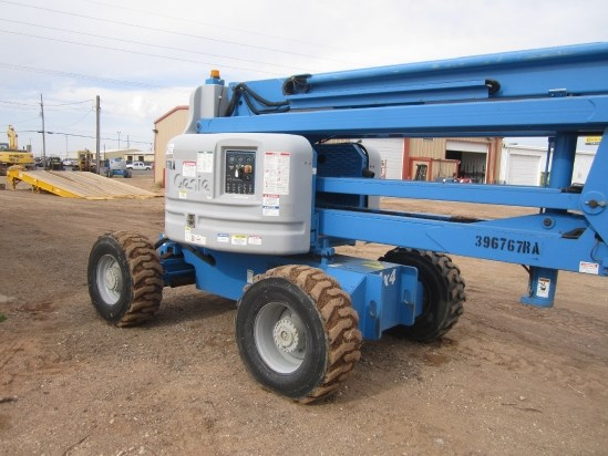 2012 Genie Z60/34 Boom Lift-Articulating