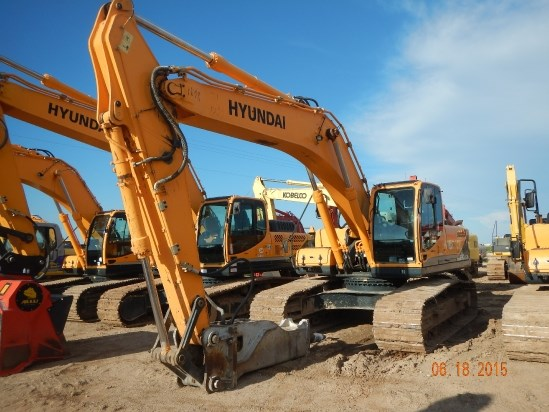 2012 Hyundai R290LC-9 Excavator-Track
