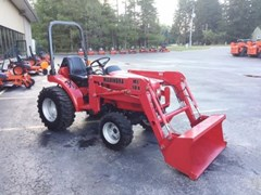 Tractor For Sale:   Mahindra 2015