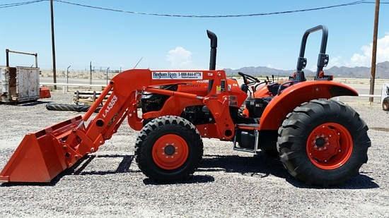 Kubota M8560HD Tractor