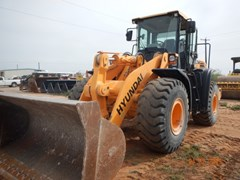 Wheel Loader  2012 Hyundai HL760-9