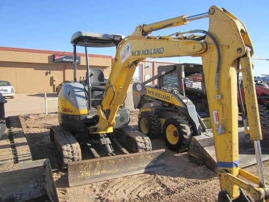 2014 New Holland E35B Excavator-Mini