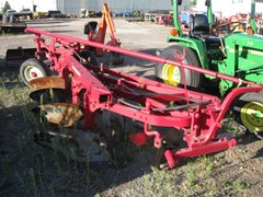 Plow-Moldboard For Sale:   International 540
