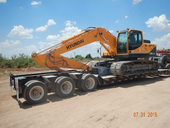 2014 Hyundai R220LC-9A Excavator-Track