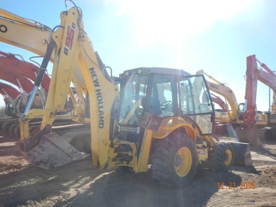 2011 New Holland B95B Loader Backhoe