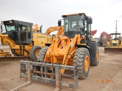 Wheel Loader  2013 Hyundai HL730-9