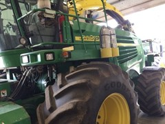 Forage Harvester-Self Propelled For Sale:  2007 John Deere 7700