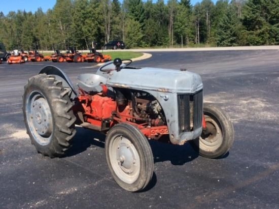 1940 Ford 9N Tractor For Sale