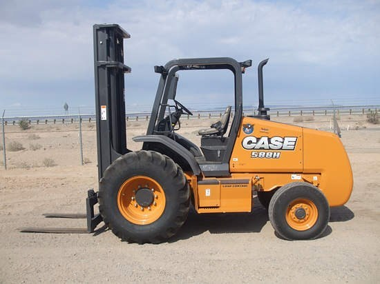 2015 Case 588H Lift Truck/Fork Lift-Rough Terrain