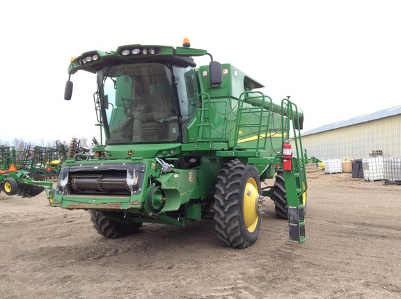 2014 John Deere S680 Combine For Sale