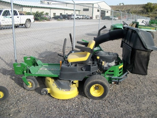 2014 John Deere Z255 Riding Mower For Sale