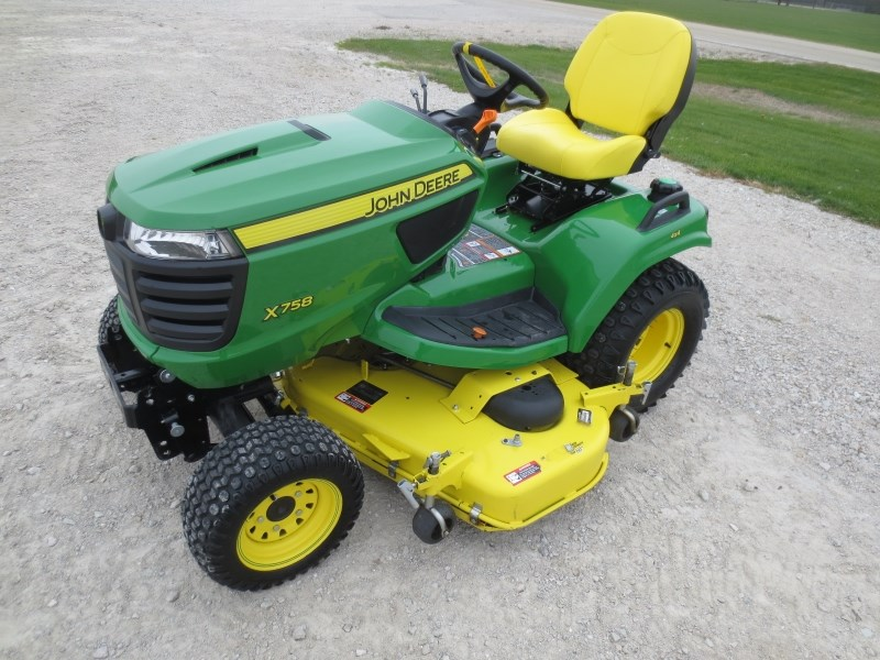 2015 John Deere X758 Riding Mower For Sale
