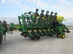 Planter For Sale:  2011 John Deere 1790