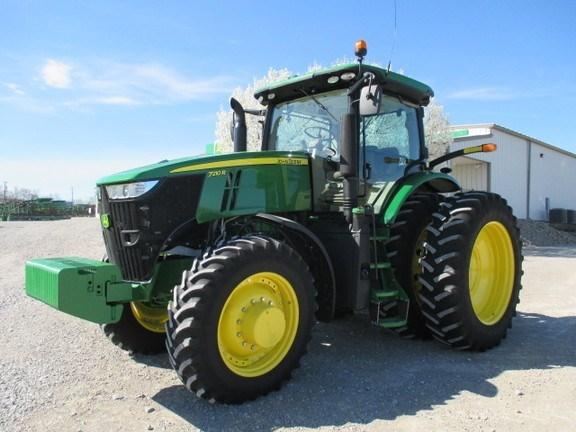2015 John Deere 7210R Tractor For Sale