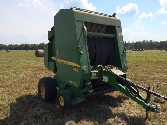 2009 John Deere 458 Baler-Round For Sale