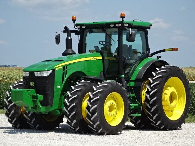 2015 John Deere 8370R Tractor For Sale