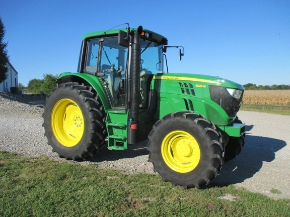 2015 John Deere 6125M Tractor For Sale