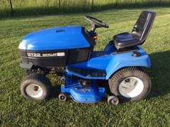 Riding Mower For Sale 2003 New Holland GT22 , 22 HP