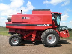 Combine For Sale 1986 Case IH 1660