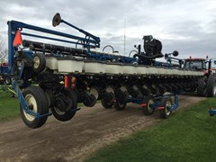 Planter For Sale 2011 Kinze 3600 16Row