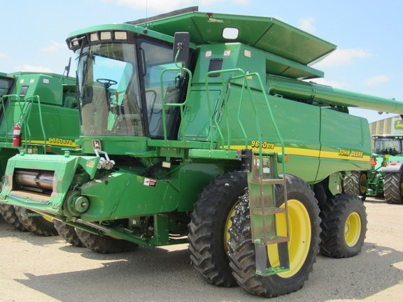 2000 John Deere 9650 STS Combine For Sale