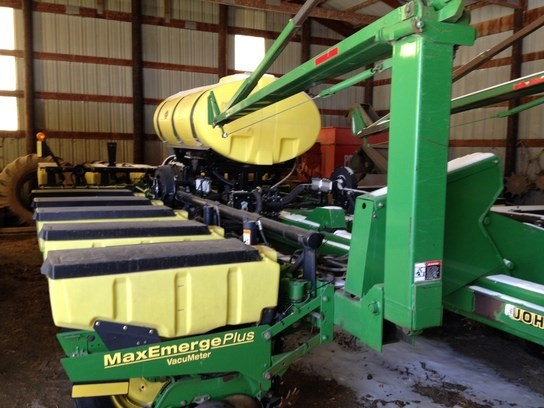 2001 John Deere 1770 Planter For Sale