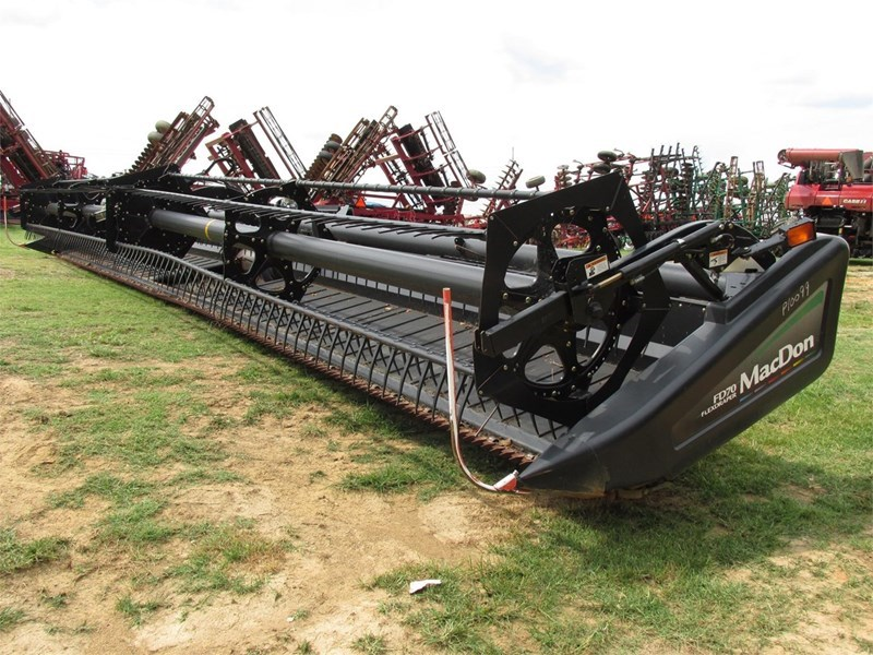 2010 MacDon FD70 Header/Platform For Sale