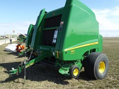 Baler-Round For Sale:  2014 John Deere 569 Prem