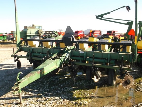 John Deere 7200 Planter For Sale