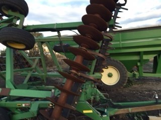 1999 John Deere 637 Disk Harrow For Sale