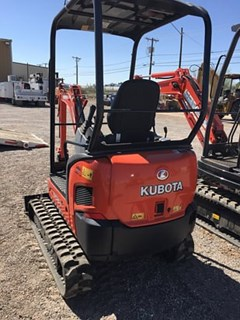 Excavator-Track :  Kubota KX018-4R1