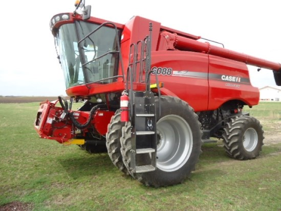 2010 Case IH 6088 Combine For Sale