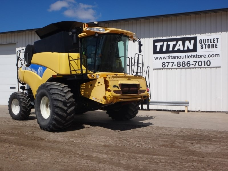 2008 New Holland CR9060, 949 Sep Hrs, RWA, RT, Dlx Cab, Contour Cosechadoras a la venta