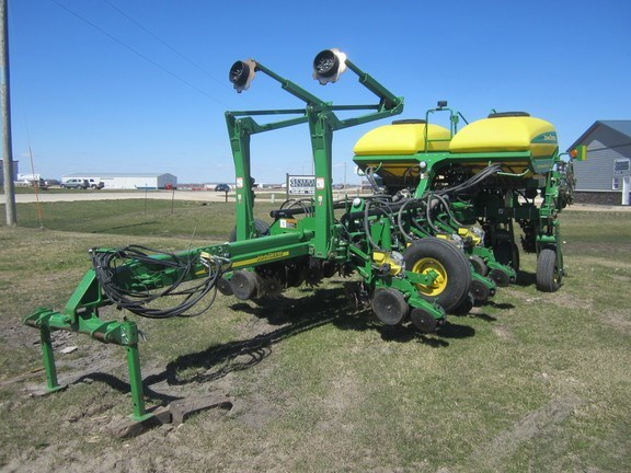 2009 John Deere 1770NT Planter For Sale