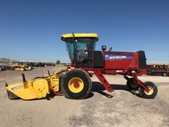 Windrower-Self Propelled For Sale:  2014 New Holland 200