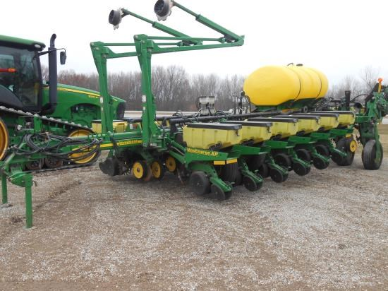 2006 John Deere 1770NT 16 Planter For Sale