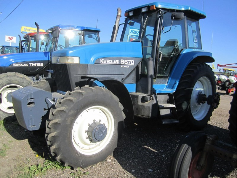 1996 New Holland 8670 Tractor For Sale