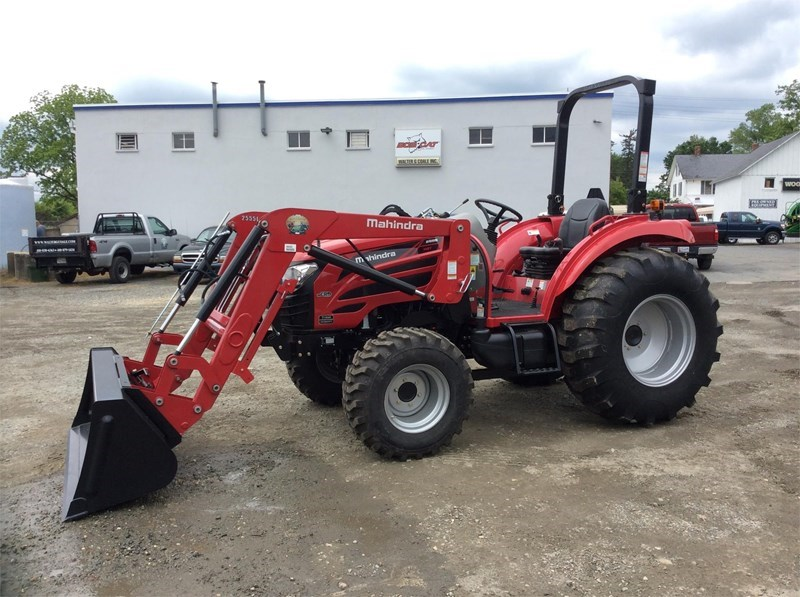 2015 Mahindra 2555 HST Tractor For Sale