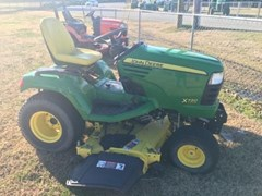 Riding Mower For Sale:  2006 John Deere X720 , 27 HP