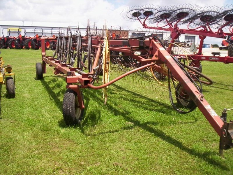 Hesston 3983 Tedder For Sale