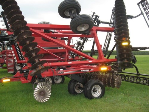 Disk Harrow For Sale:  2010 Case IH 330