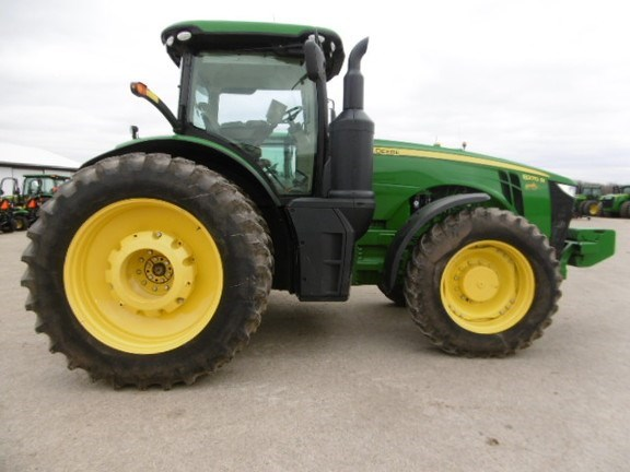 2014 John Deere 8270R Tractor For Sale