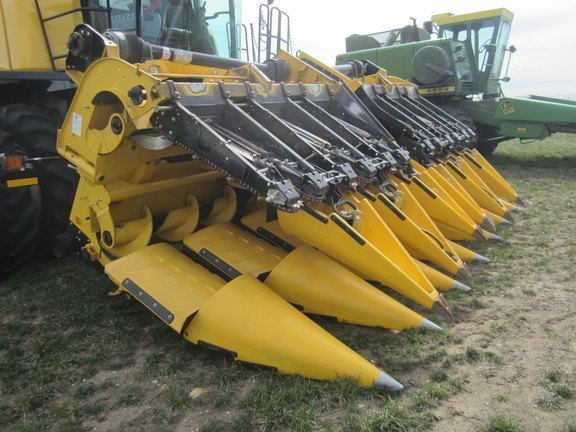 2014 New Holland 980CF-12R Header-Corn For Sale