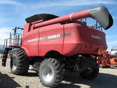 Combine For Sale 2008 Case IH 7010 , 350 HP