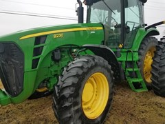Tractor For Sale 2007 John Deere 8230 , 245 HP