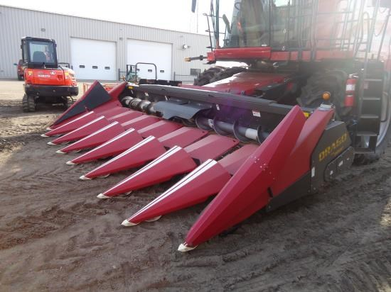 2009 Drago 8R30P RED Header-Corn For Sale