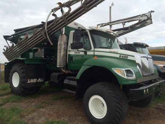 2004 Loral 6400 Floater/High Clearance Spreader For Sale