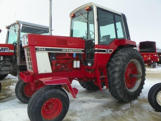 1086 Ih Sprayer : International tractor for sale roeder